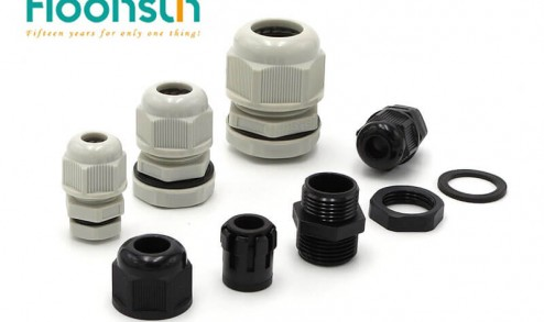 Use waterproof cable glands for outdoor lamps